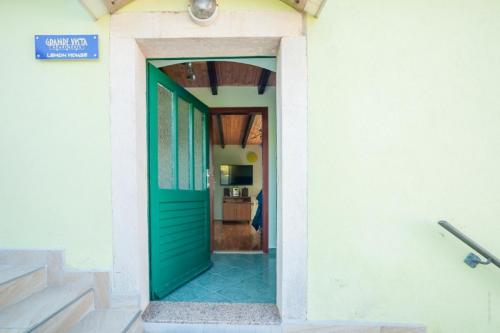 Apartments Dugi Otok Grande Vista Lemon House005
